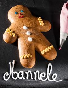 """Mannele"" Alsatian gingerbread man"