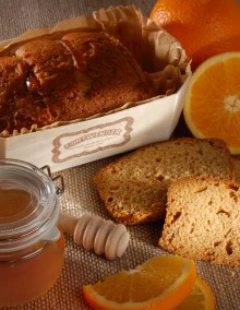 Honey and orange peel gingerbread loaf
