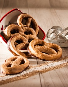 Uncle Hansi's Biscuit Factory: chocolate bretzels
