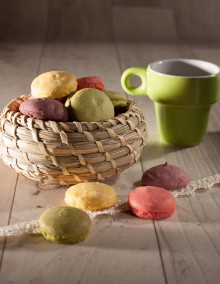Uncle Hansi's Biscuit Factory: 4-fruit macaroon