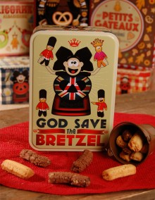 """Sugar tin with Bretzel Airlines """"England"""" decoration"""