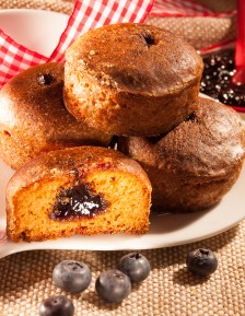 6 Nonnette honey cakes with blueberry filling